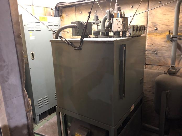 旧:油圧ユニット